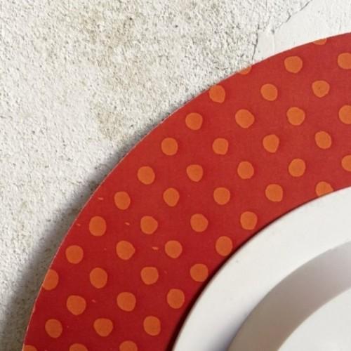 """Orologio da parete - """"lunedì inizio la dieta"""", stampato su cartone riciclato, diametro 32 cm con meccanismo silenzioso"""