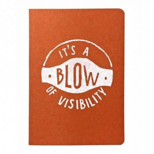 "Notes tascabile ""It's a blow of visibility"", copertina arancione e interno in carta colore nero"