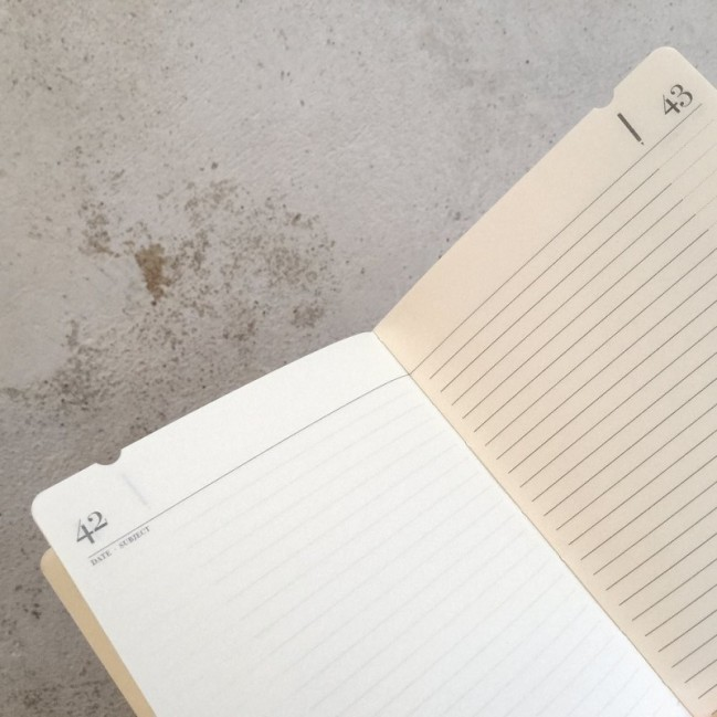 """Cahier """"J'en prends bonne note"""" couverture rigide ROUGE en carton naturel, format de poche SMALL, 11x15 cm"""