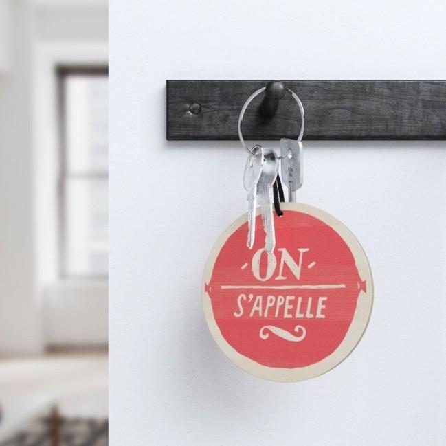 """Mono Pipeau """"On s'appelle"""" disque décoratif en bois imprimé en couleur"""