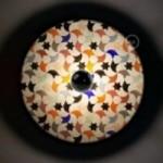 UFO - Unconventional flying object: Abat-jour en bois avec illustrations de Marika Marconcini